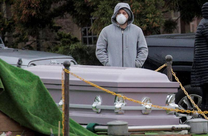 Nueva York suma casi 12 mil 200 muertes por coronavirus
