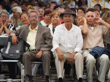 Dietas recomendadas por la UNAM para personas mayores de 60 años en riesgo de Covid 19