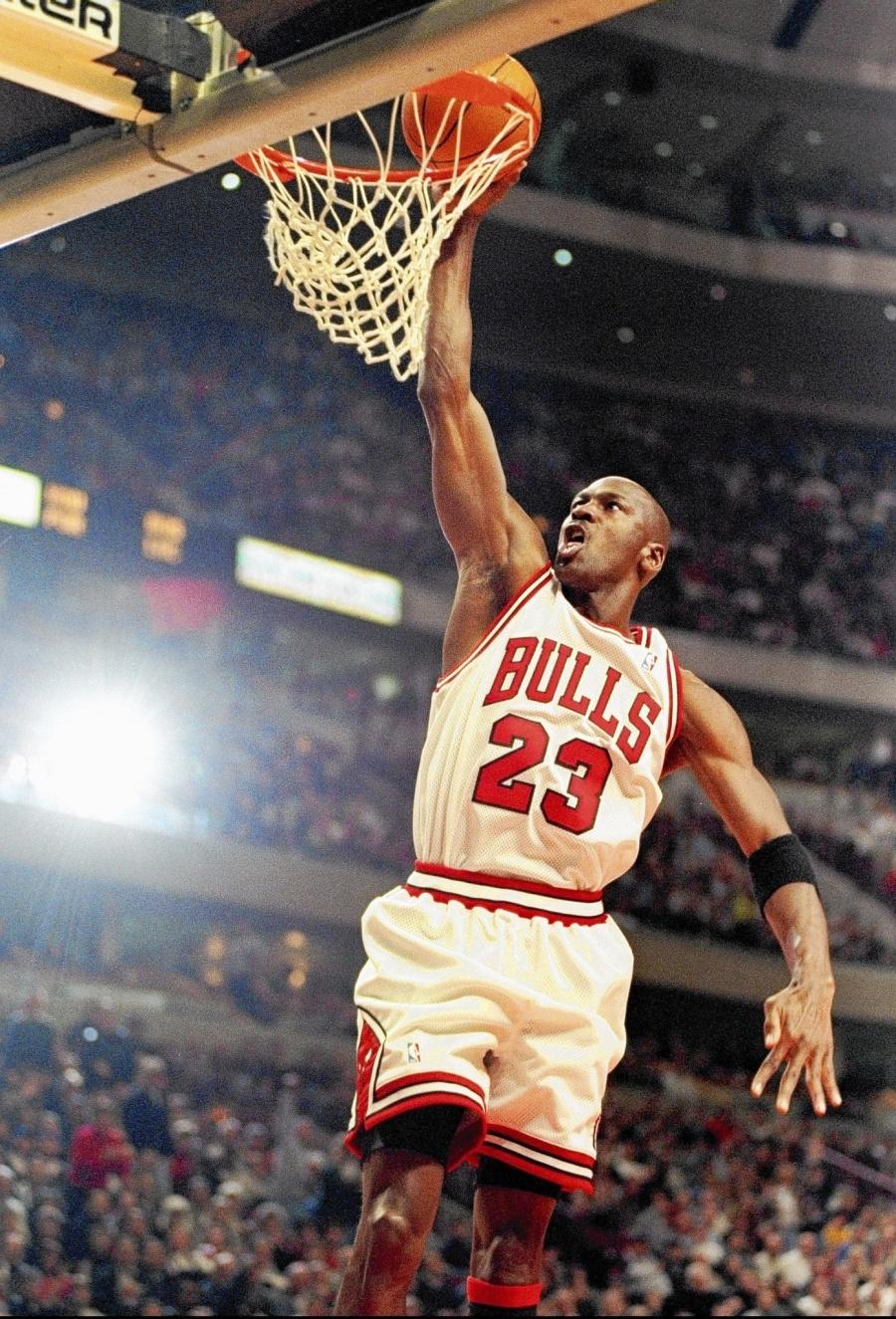 Michael Jordan, cuarta celebridad más rica del mundo estrena documental
