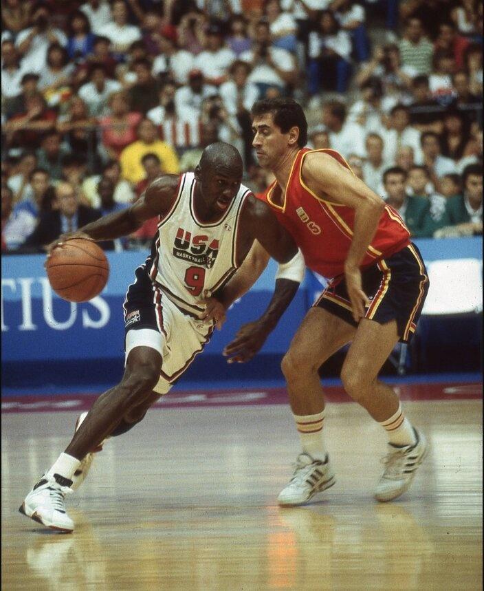 Jersey de Michael Jordan se vende en históricos 216 mil dólares