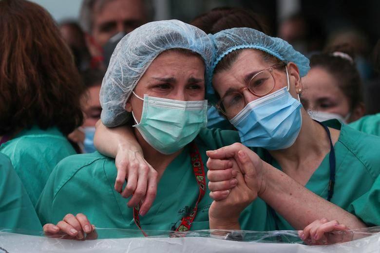 Enfermeras demandan a NY por condiciones de trabajo frente a pandemia