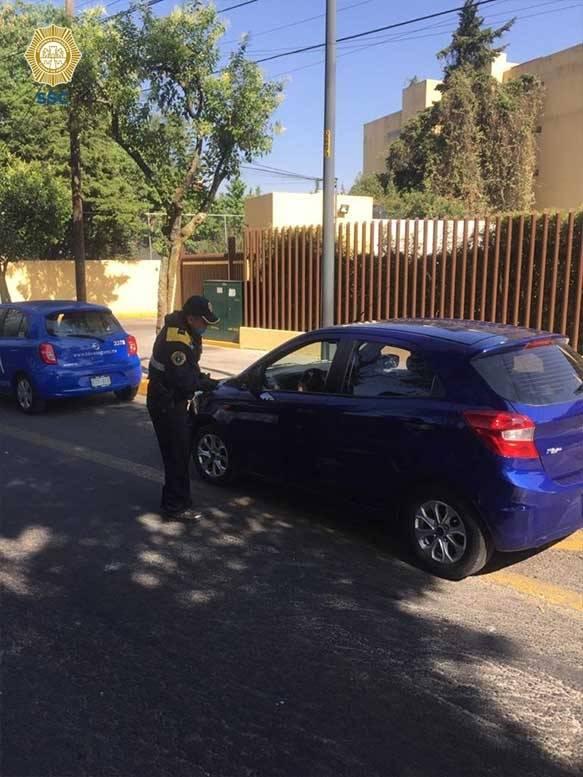 Multan a 36 conductores en la CDMX tras no respetar