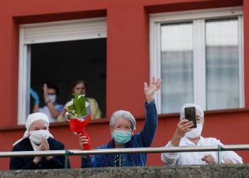 En geriátricos, más de 50 por ciento de muertes por Covid-19 en Europa
