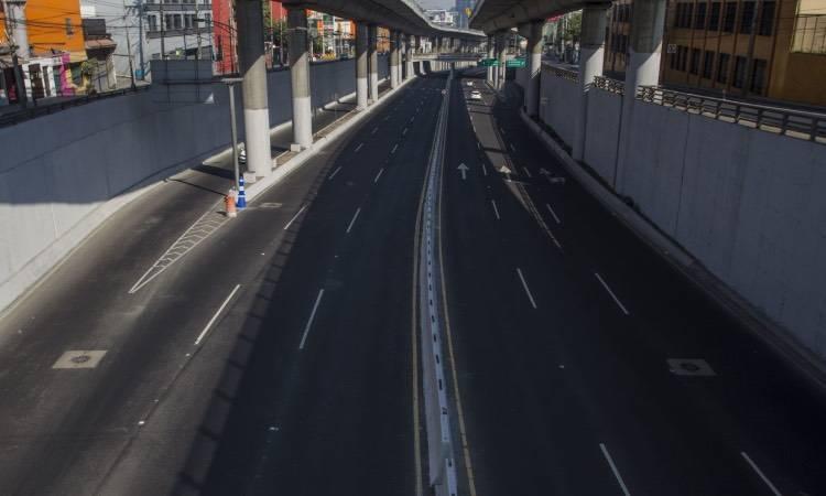 Amonestan 150 automovilistas en el primer día del Hoy no circula Extendido