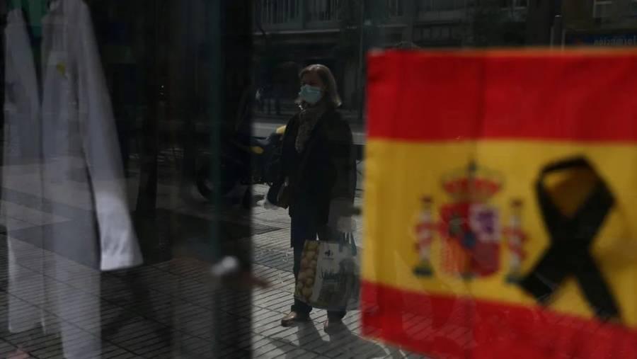 Se registra ligero aumento de fallecimientos por Covid-19 en España