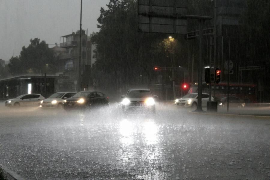 Pronostican lluvia con granizo para este domingo en la CDMX