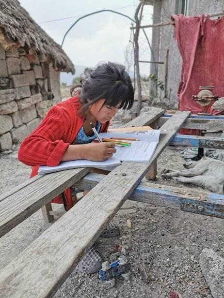 CONAFE da materiales educativos a 300 mil niñ@a en zonas marginadas de México