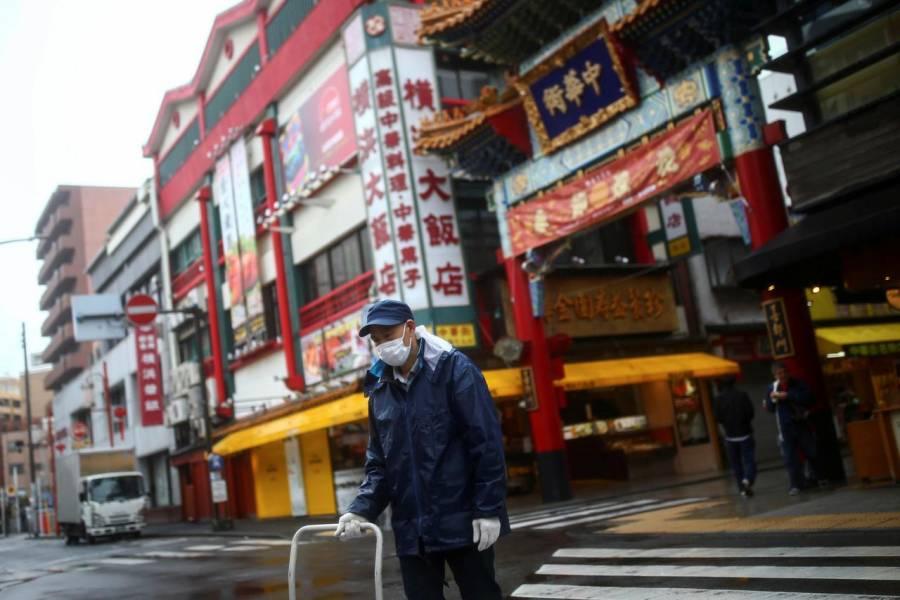 Japón extiende restricciones de entrada a nacionales de 14 países
