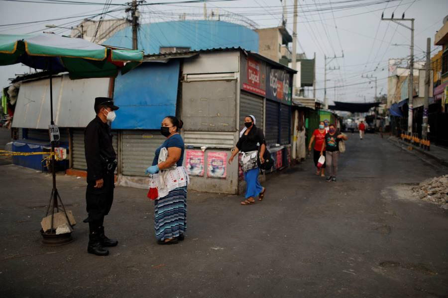 El Salvador extiende cuarentena hasta el 16 de mayo
