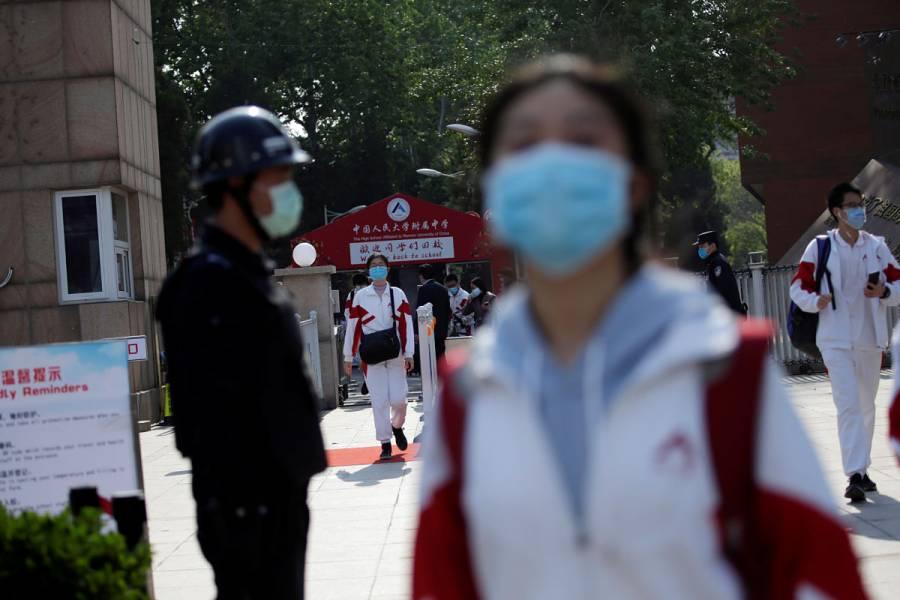 China cumple 13 días seguidos sin muertes por Covid-19