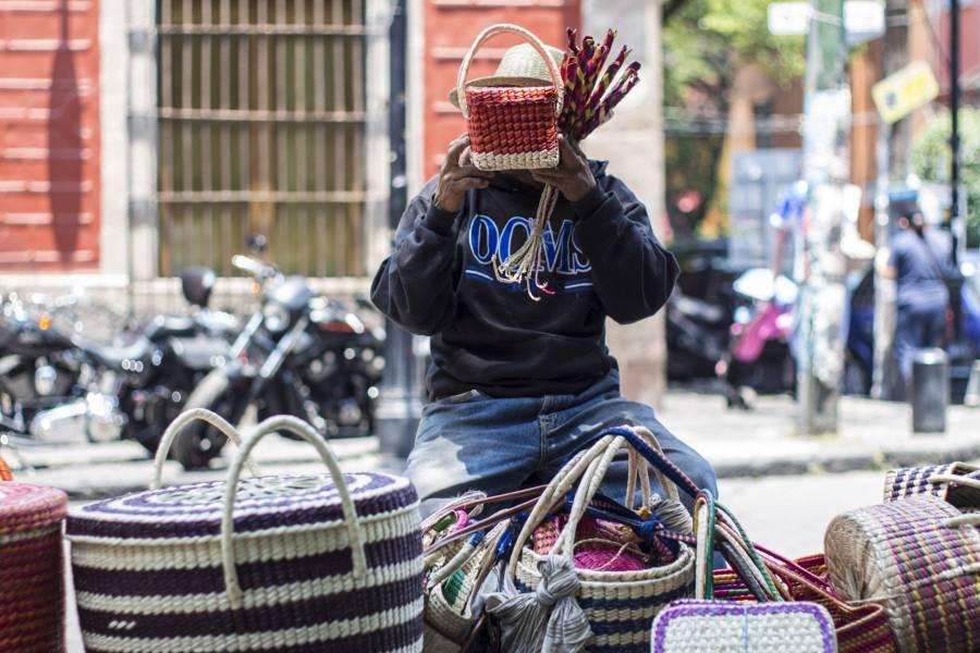 Artesanos exigen apoyo por falta de trabajo durante confinamiento