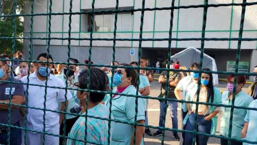 Trabajadores del IMSS demandan insumos para tratar COVID-19