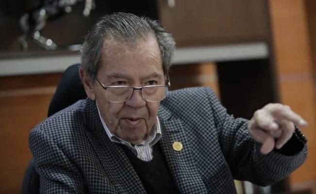 Satisfecho Muñoz Ledo de consenso para no otorgar mayores facultades al Ejecutivo