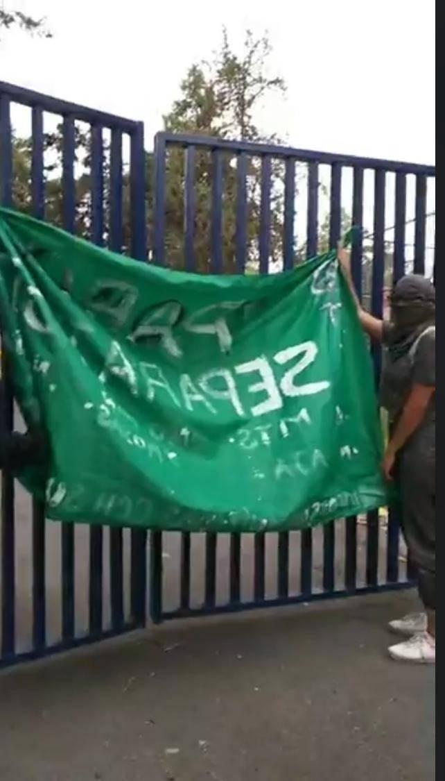 Mujeres Organizadas entregan la FCPyS de la UNAM