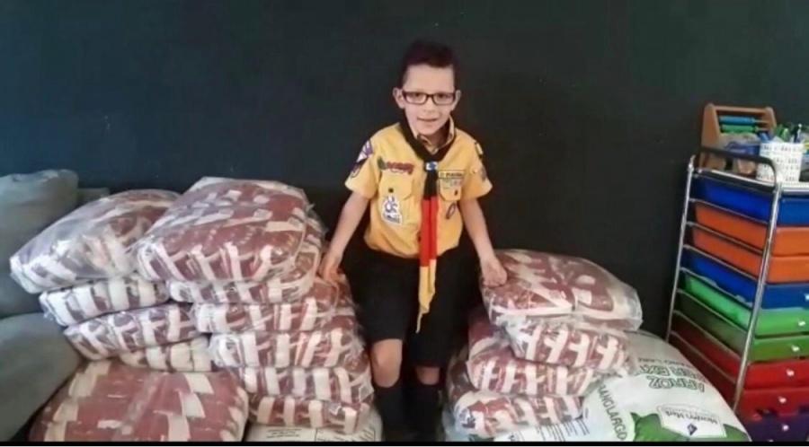 Scouts apoyan concubrebocas, frijol…