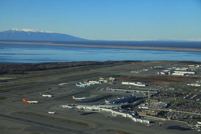 Cierran aeropuerto en Alaska por incidente de seguridad