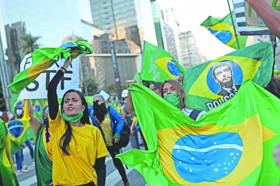 Moro presenta audios y  mensajes contra Bolsonaro