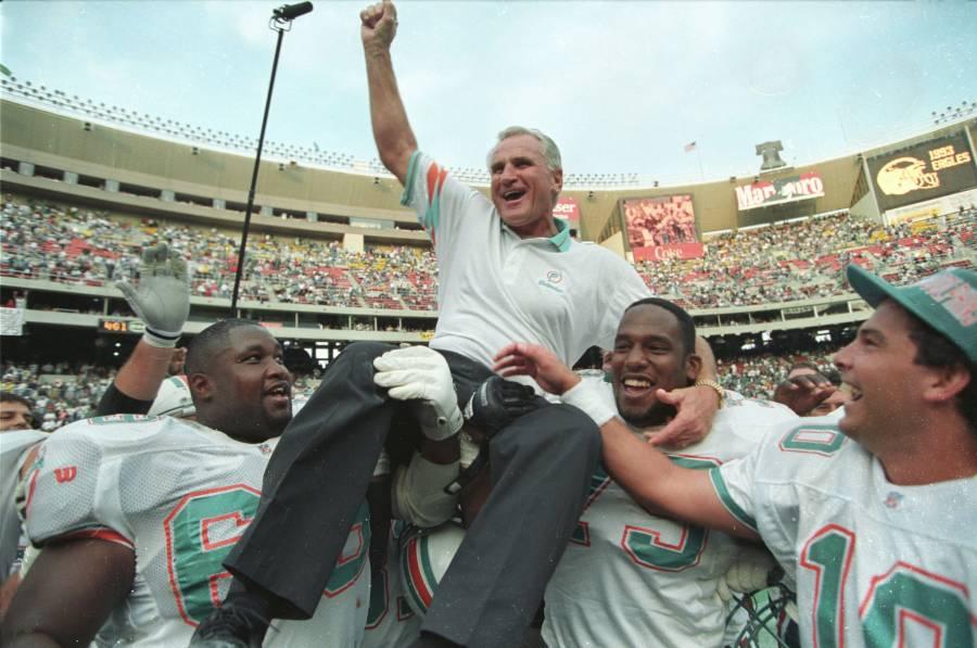 """Muere """"Don"""" Shula, único coach con paso perfecto en la NFL"""