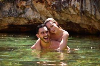 ¿Alejandro Speitzer confirma noviazgo con Ester Expósito?
