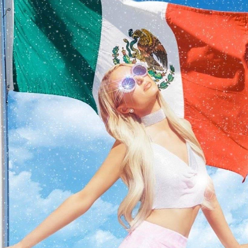 Paris Hilton se hace viral por celebración del 5 de mayo