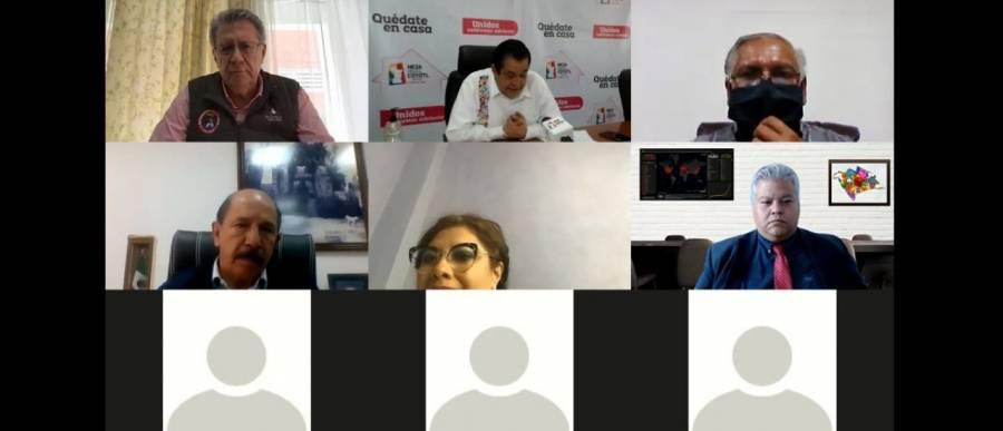 SANITIZAR, REDUCIR AFLUENCIA DE TRANSPORTE, Y USO DE CUBREBOCAS ACUERDAN PARA EL ORIENTE