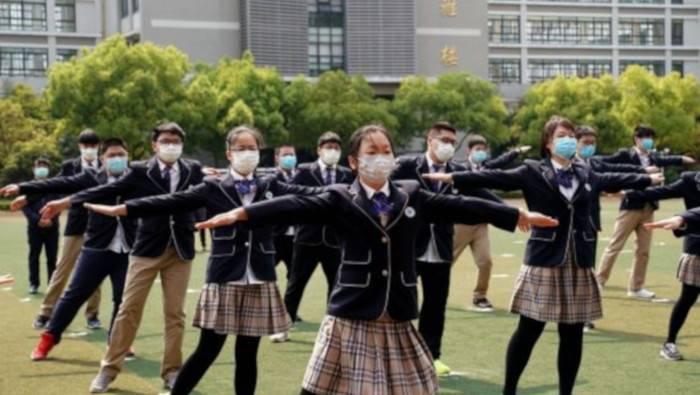 Reabre Wuhan 121 instituciones educativas