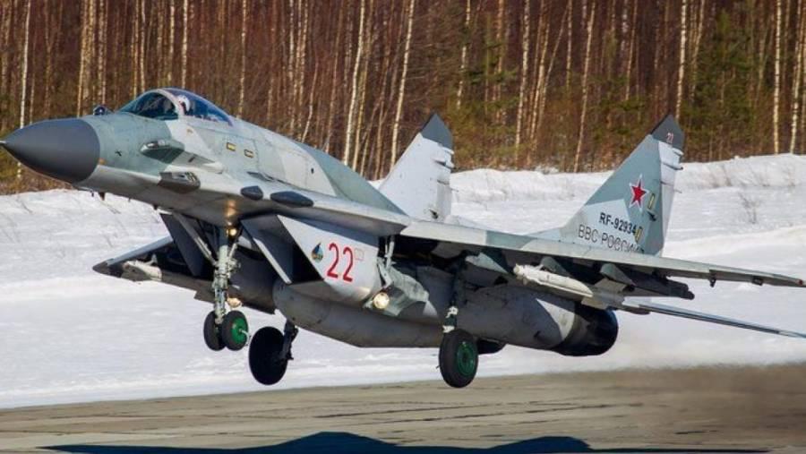 Avión de combate se estrella en India
