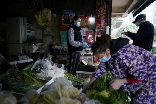 Mercado de Wuhan pudo haber amplificado coronavirus: OMS