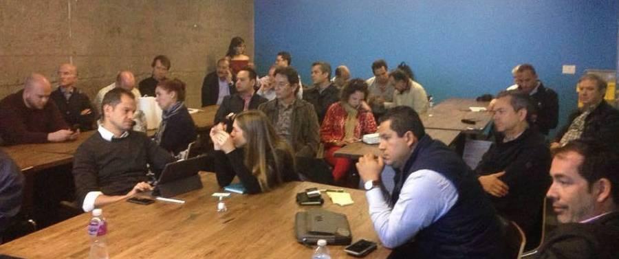 Gobernador invita a TESLA a invertir en Guanajuato