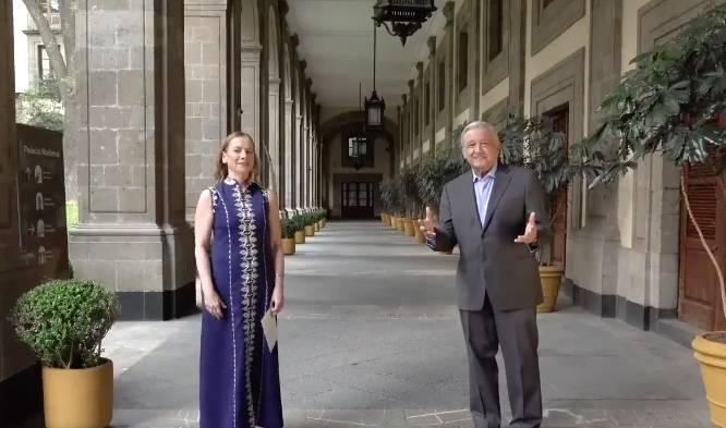 AMLO y Beatriz Gutiérrez Muller, felicitan a las mamás este 10 de mayo
