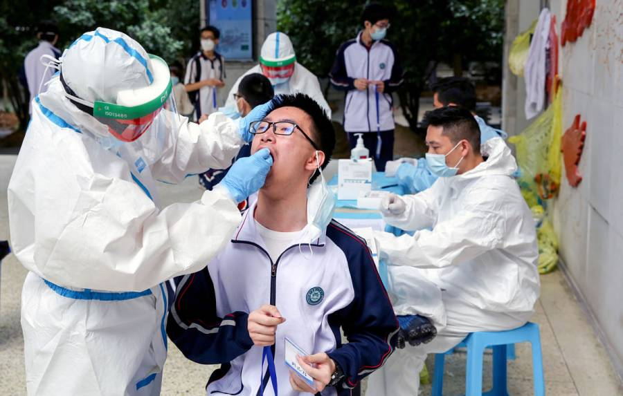 Wuhan reporta primer foco de infecciones de Covid-19 tras salir de cuarentena