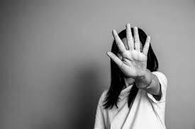 Exhortan al Sistema Público de Radiodifusión difundir campañas contra agresión en hogares durante el confinamiento
