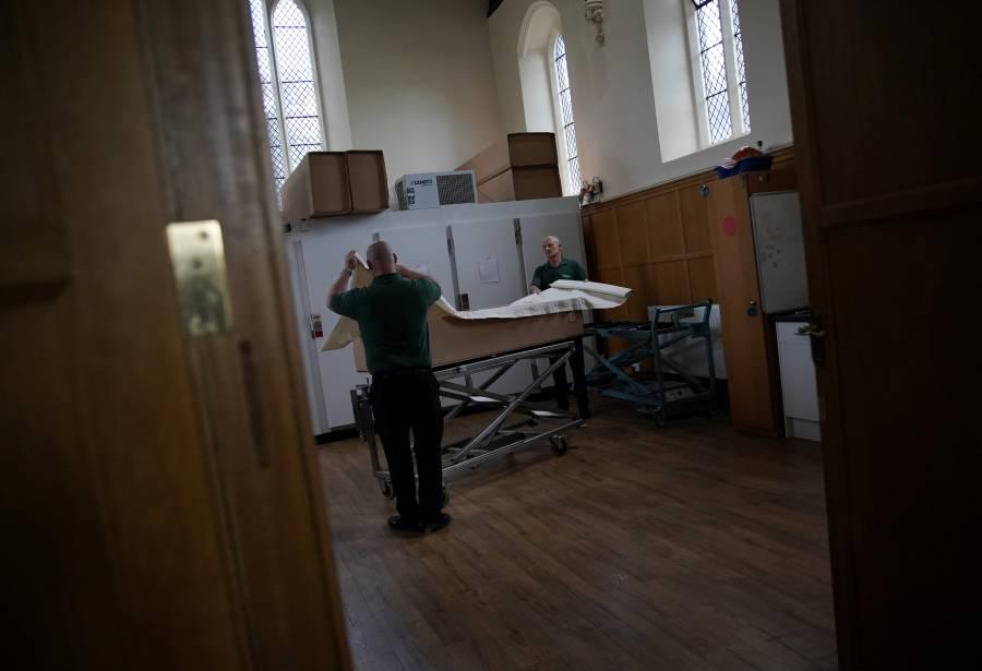 Reino Unido reporta más de 32 mil muertos; desescalada inicia el miércoles