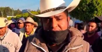 Bloqueos en Zitácuaro por COVID-19