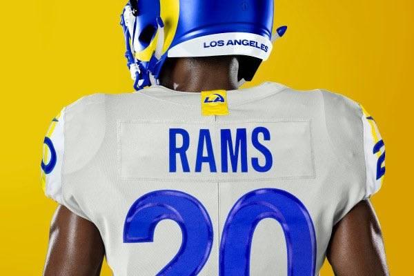 Los Rams presentan nuevos uniformes para la temporada 2020