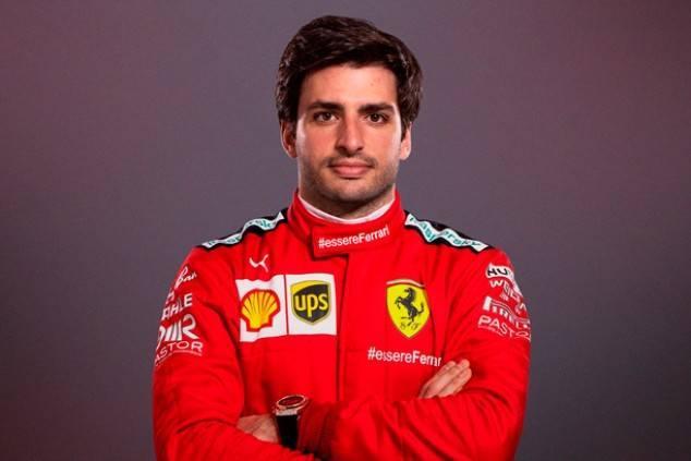 Ferrari confirma a Carlos Sainz como su nuevo piloto por dos años