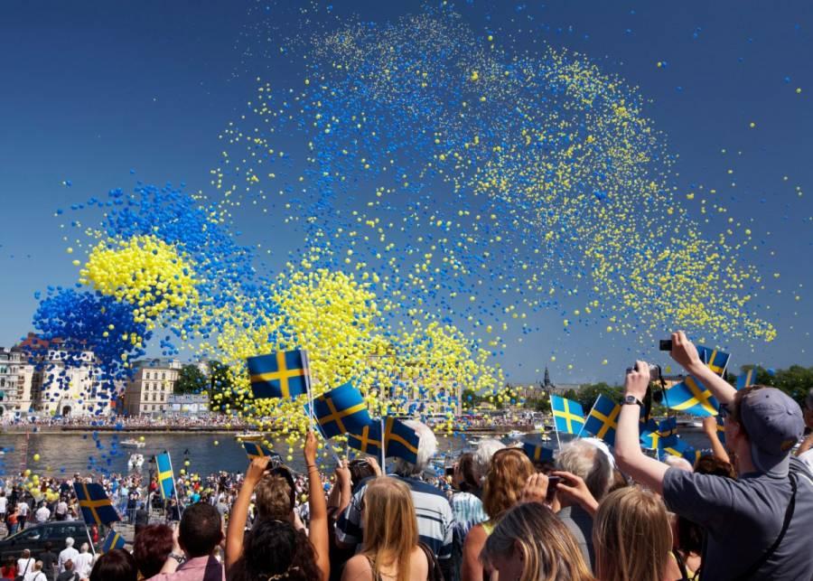 Difunden audio con invitación a 'fiesta Covid' al estilo Suecia