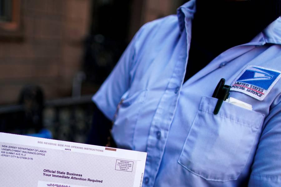 Empleo en EU cae hasta 25%, alistan otro plan fiscal