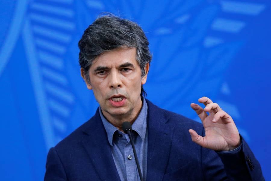 Con un mes en el cargo, Ministro de Salud en Brasil anuncia su dimisión