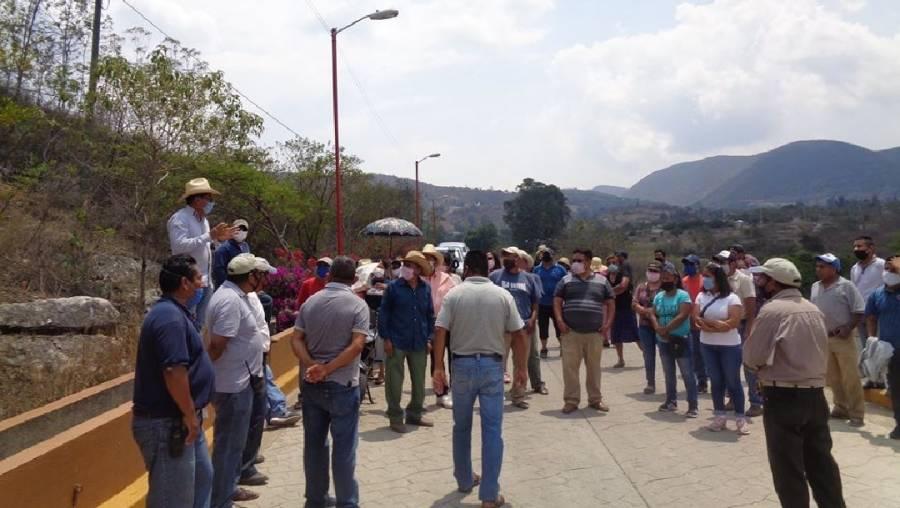 Habitantes de Cuixtla, Oaxaca, impiden entierro de mujer fallecida en CDMX