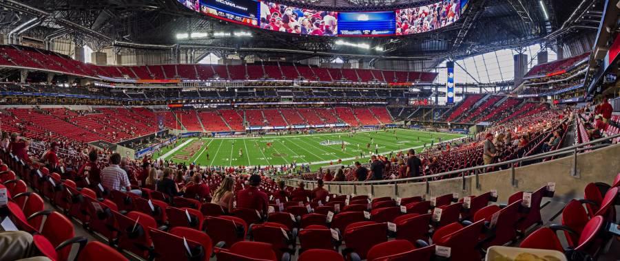 Después de 67 días, Halcones de Atlanta reabren sus instalaciones
