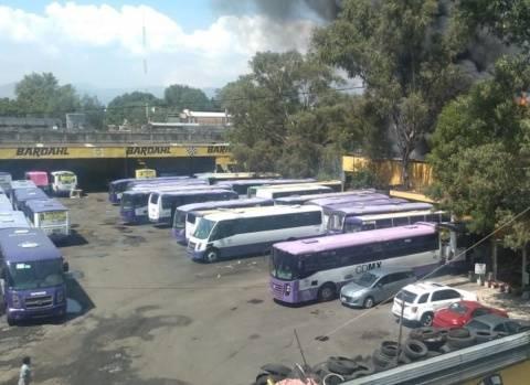 Incendio de camiones en Coyoacán