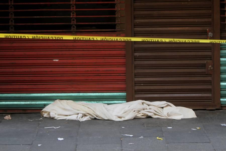 Un hombre en situación de calle fallece cerca de Palacio Nacional