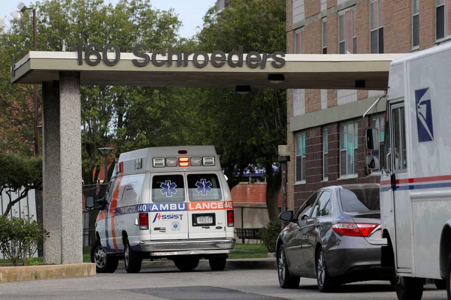 Nueva York iniciará programa para permitir visitas en hospitales