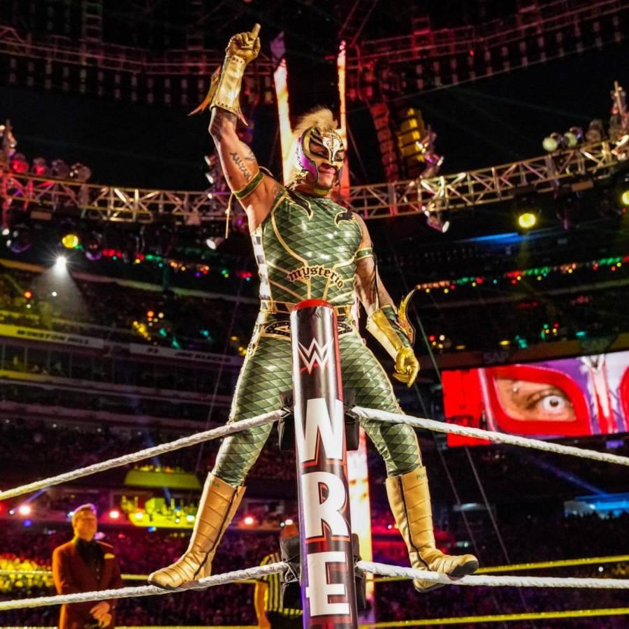 Medios y fans caen en engaño de WWE y Rey Mysterio