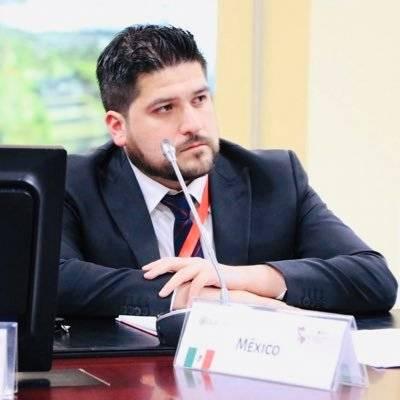 'Reforma' renuncia a David Esparza a su cargo en el CNI; este lo desmiente
