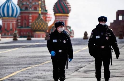 Rusia escala a 335 mil 882 casos positivos de COVID-19
