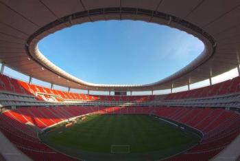 Confirma Chivas un caso de Covid-19 entre sus jugadores