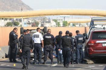 Abandonan tres cuerpos embolsados en Chalco