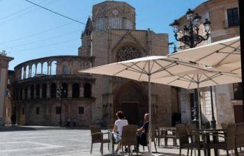 España tiene menos de 100 muertos por Covid-19 por 8° día